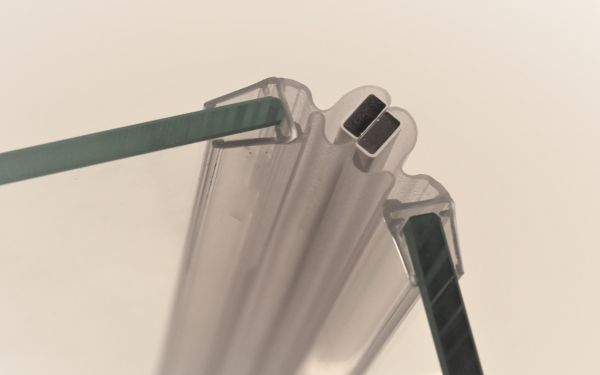 Magnet Duschdichtung Universal 90° für Glasstärke 5mm - 2000mm Lang - Paarweise verkauft